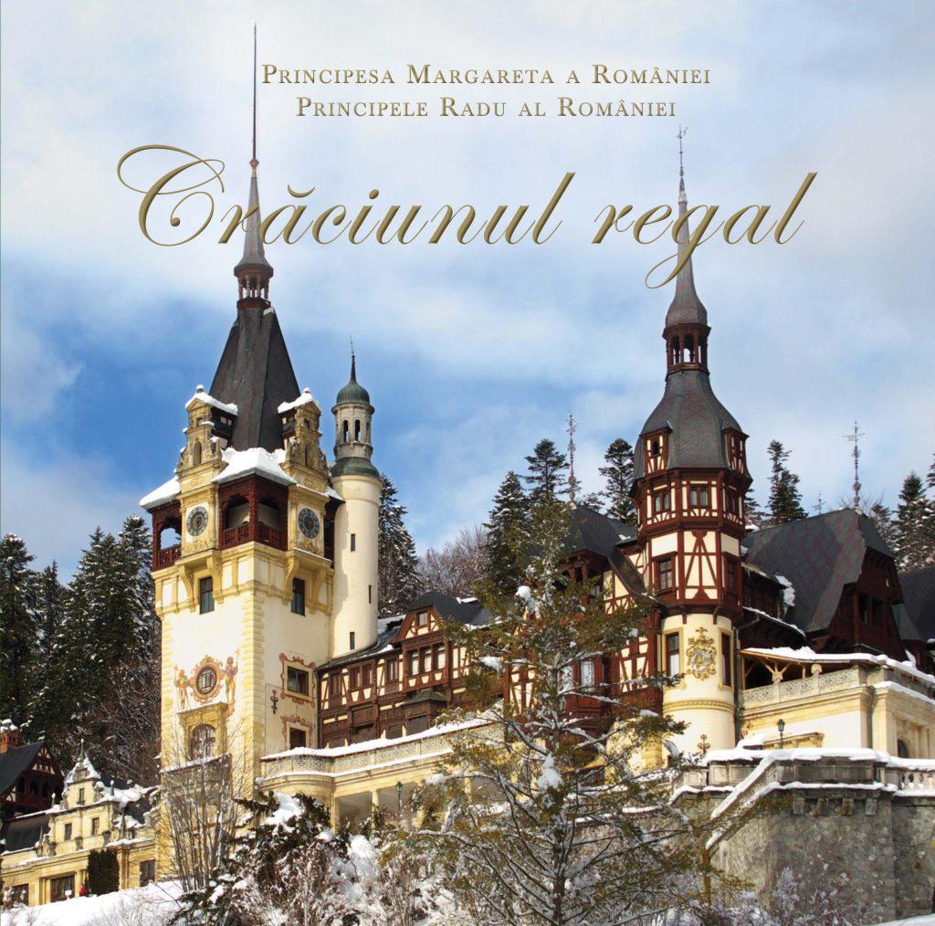 Principesa Moştenitoare şi Principele Radu ai României au ales să evoce în preajma sărbătorilor de iarnă cea mai intimă, mai personală şi mai definitorie sărbătoare a familiei fiecăruia dintre noi: Crăciunul, aşa cum a fost petrecut de-a lungul timpului de Familia Regală a României.