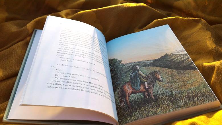 Hobbitul de JRR Tolkien, ilustrată de Jemima Catlin