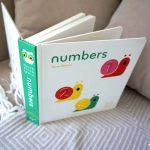 Bebe învață numerele: Numbers, de Xavier Deneux – Colecția Twirl Chronicle Books ISBN: 9781452117249