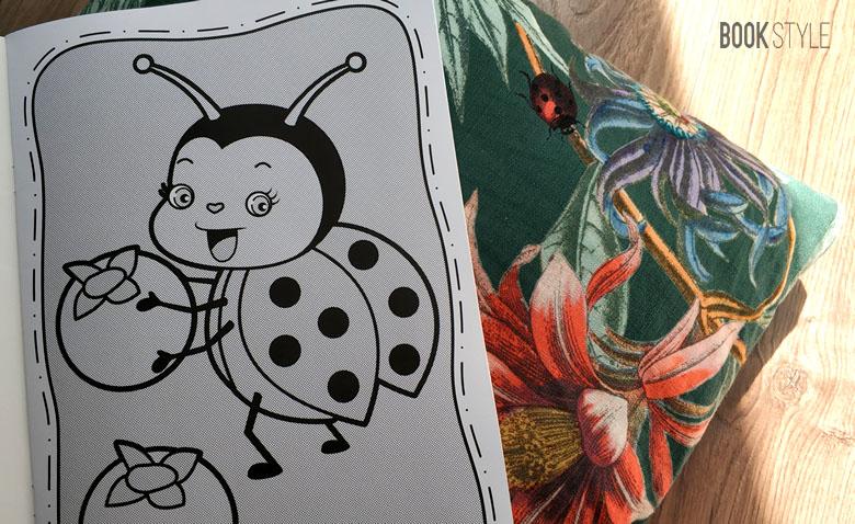 Carte de colorat pentru copii magica: Transforma apa in culori - Editura Humanitas Junior